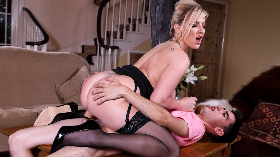 MilfsLikeItBig – Georgie Lyall – Pounding The Problem Son