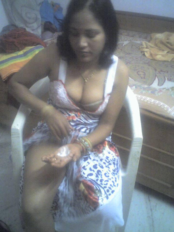 [Image: 119300159_booby_girls0504_-23.jpg]